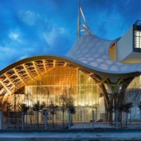 Centre Pompidou Metz Shigeru Banjpg 430x222 600x600 c