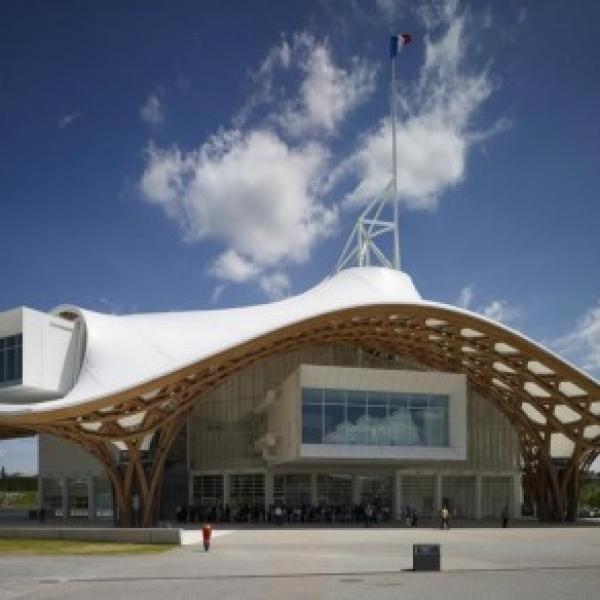 Centro Pompidou Metz Shigeru Ban 01 430x292 600x600 c