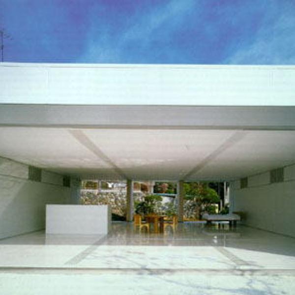 Nine Square Grid House 01 Shigeru Ban 600x600 c