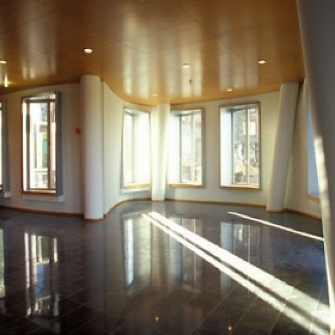 Neuer Zollhof Dusseldorf 03 430x280 660x660 c