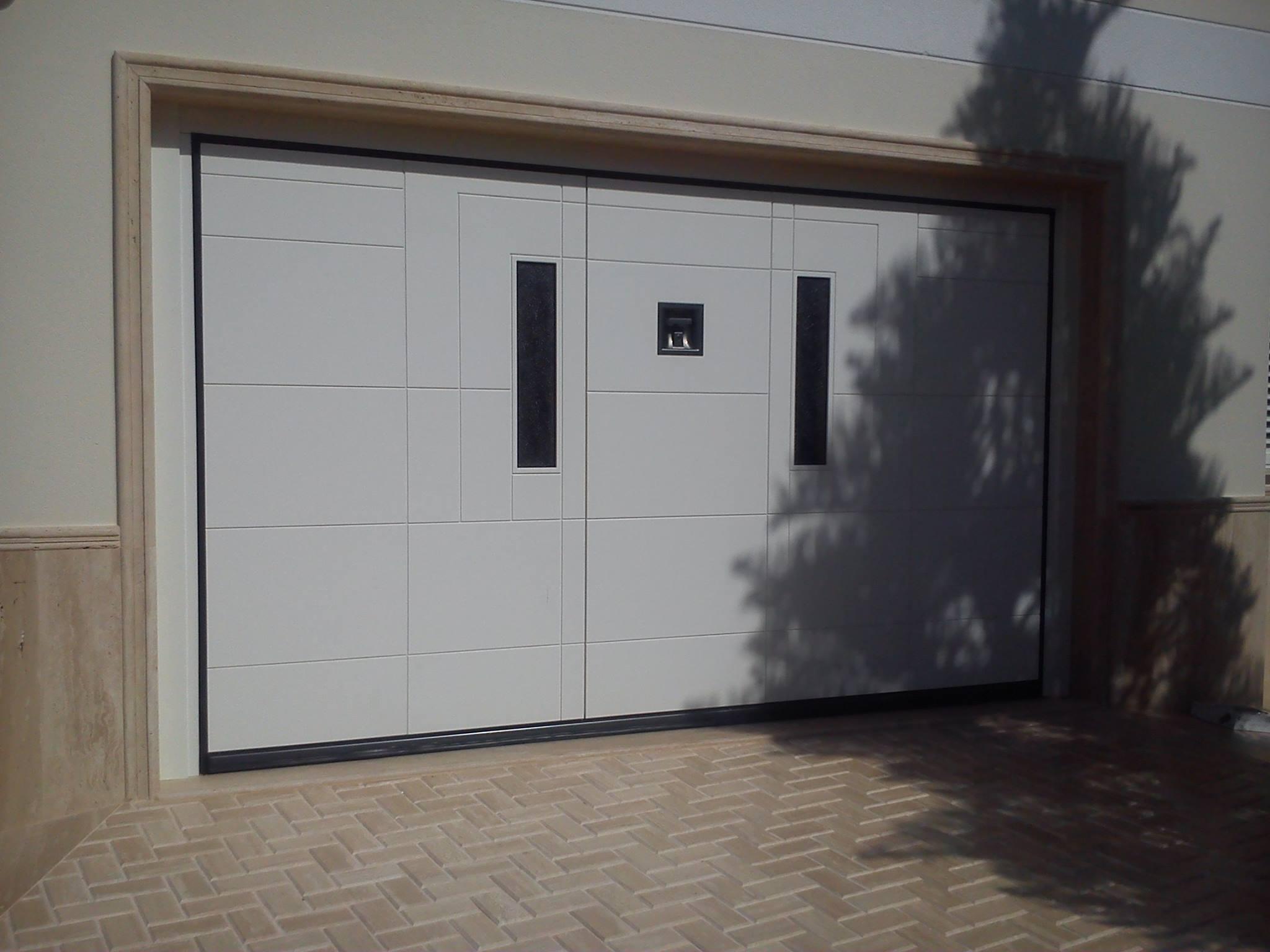 Puerta de garaje Silvelox 01 2048x1536 c