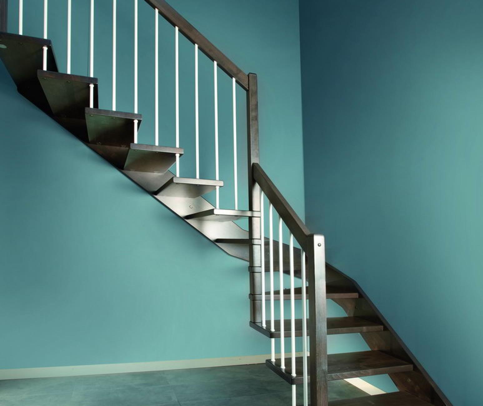 Escaleras de interior flo la nueva colecci n asequible de - Escaleras para bibliotecas ...