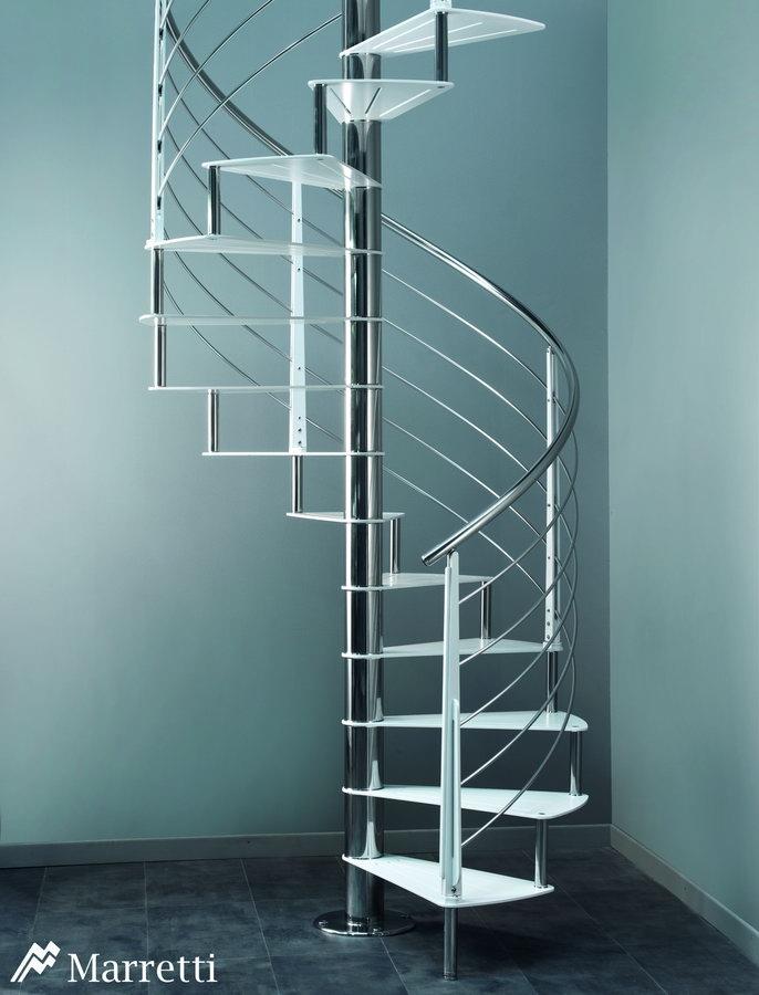 FLO 160 – Escalera de Caracol de Acero 686x900 c