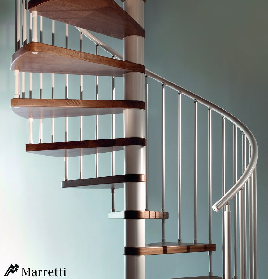 flo u escalera de caracol de madera y acero x c