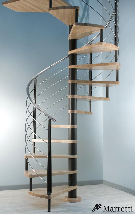 flo u escalera de caracol de acero inoxidable y madera x c