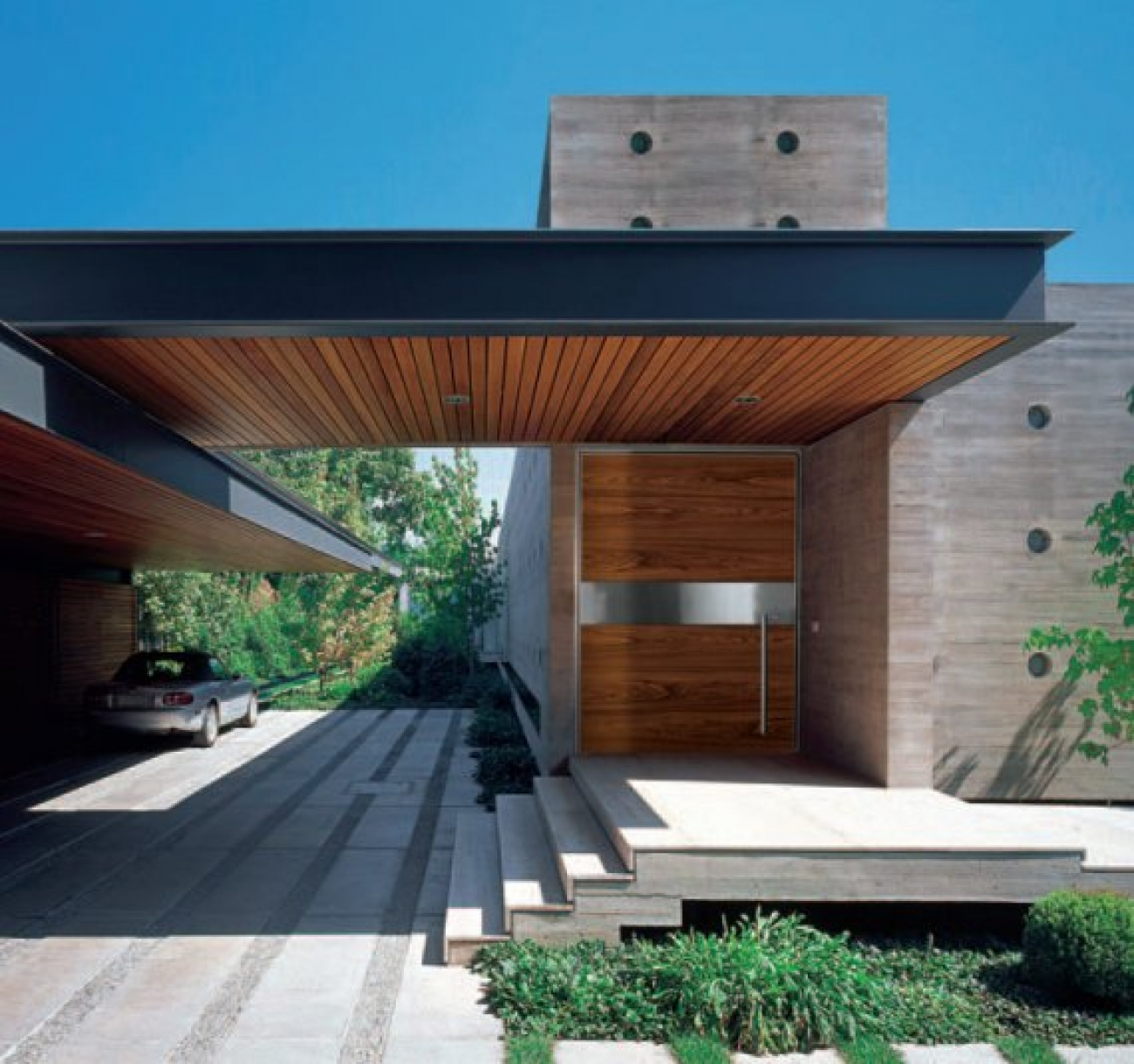 Puertas de dise o timberplan for Contemporary carport design architecture