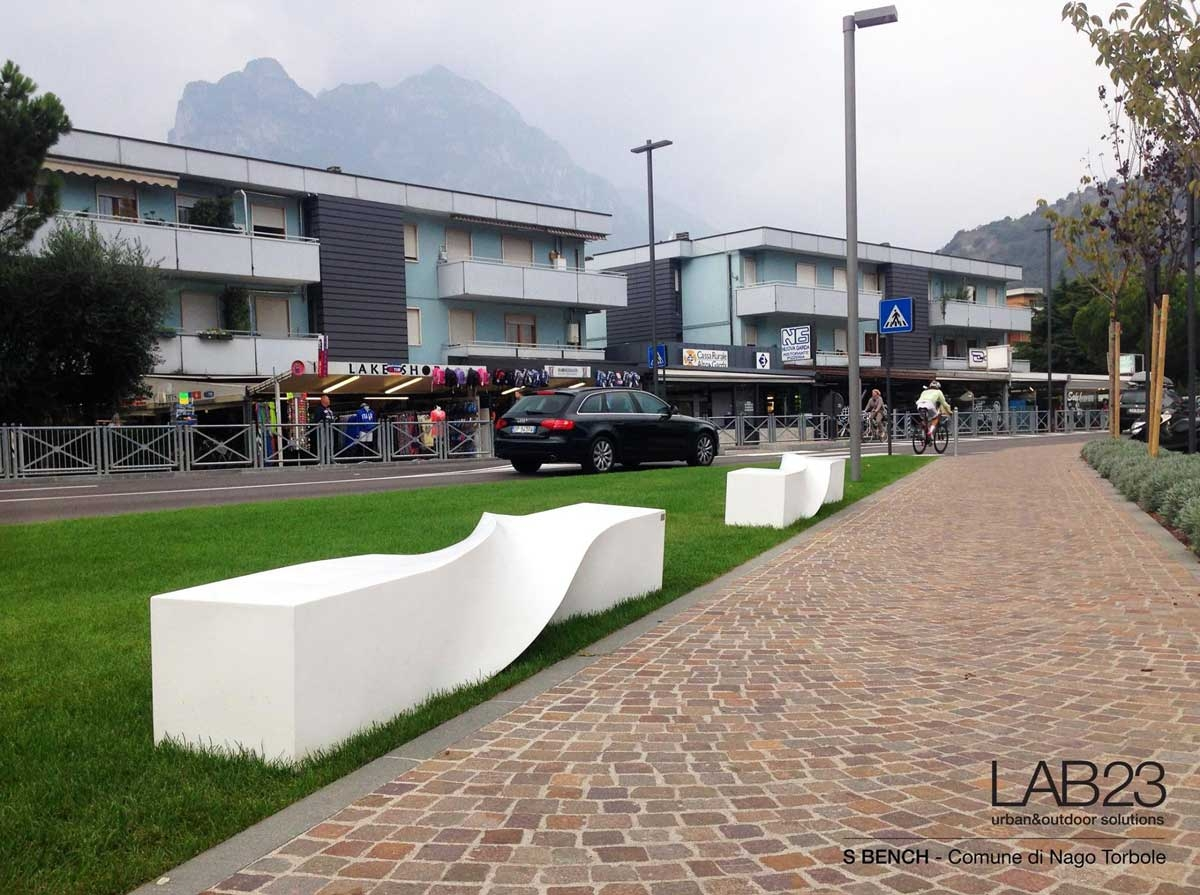 LAB23 City of Nago Torbole FILM bike racks S Benches and Wind Bus Shelter 02 1200x895 c