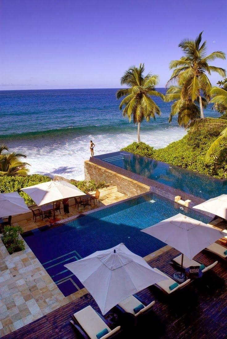 Las 20 piscinas de lujo m s espectaculares timberplan for Piscina vilassar de mar