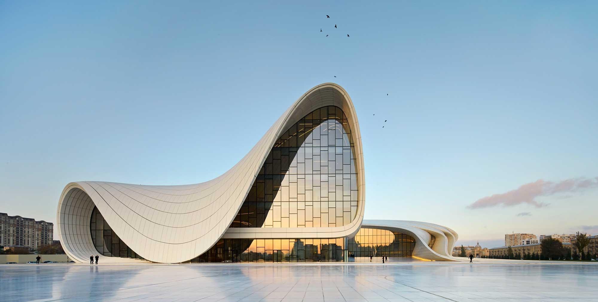 12. Heydar Aliyev Center Baku 2000x1011 c