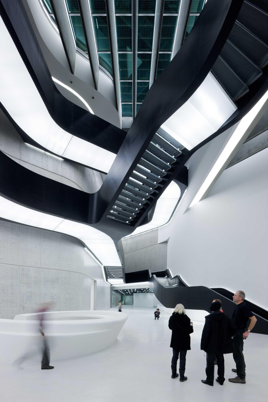 13. MAXXI Museum of XXI Century Art Rome 2000x3000 c