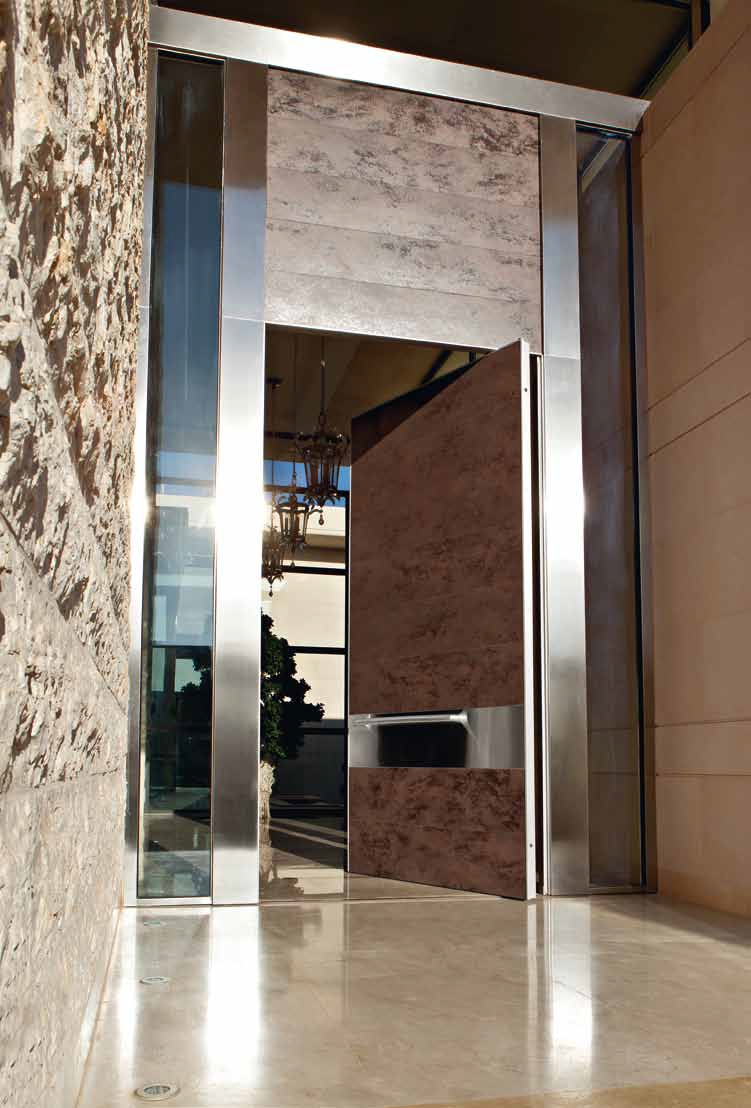 Puertas pivotantes de exterior timberplan - Puerta de exterior ...