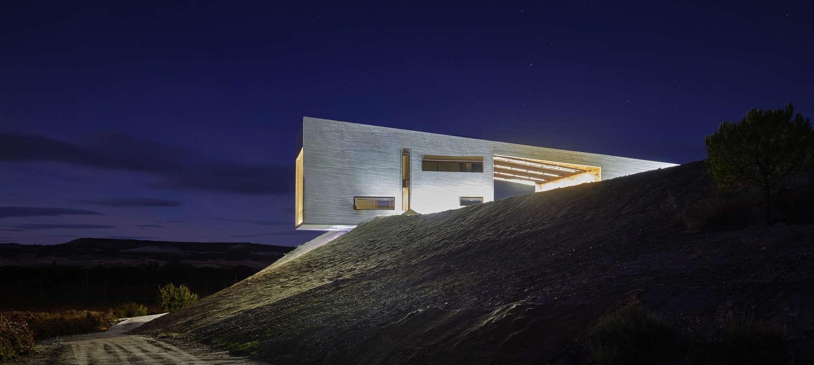 Bodega Valdemonjas Premios arquitectura Ana Agag Silvia Paredes8 1680x754 c