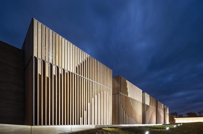 Inspiraci n de construcci n en madera con los australian for Mdg landscape architects