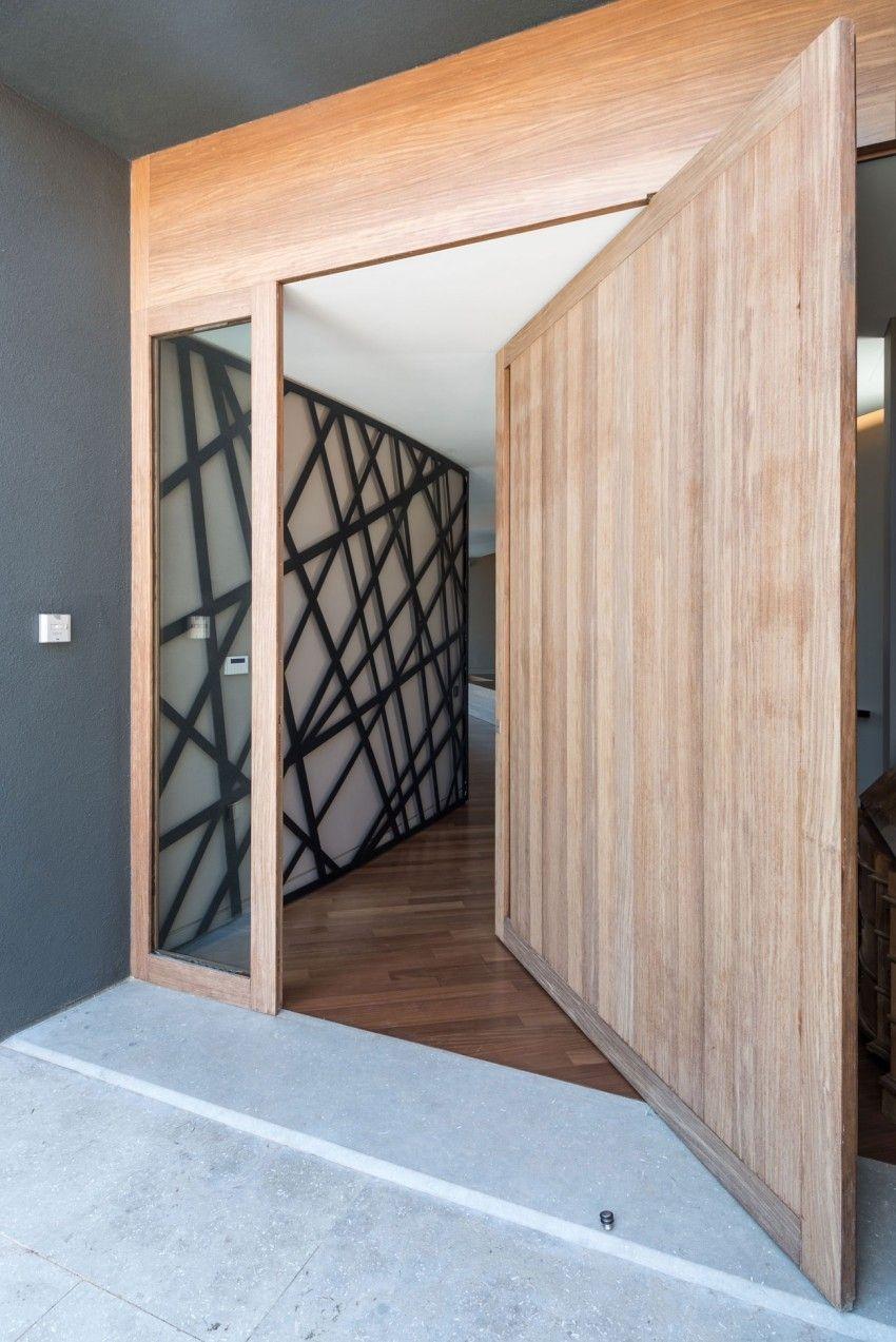 edge house puerta pivotante x c