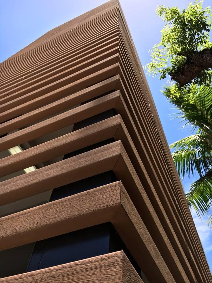 Revestimiento de fachadas con madera 40 ideas timberplan - Imitacion madera para fachadas ...