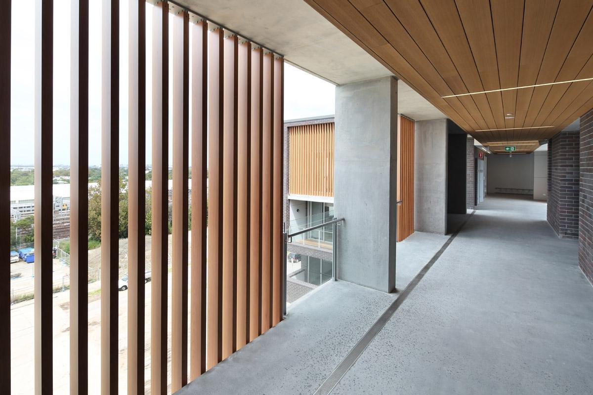 Ideas para techos y paredes de exterior con madera t cnica - Maderas de exterior ...