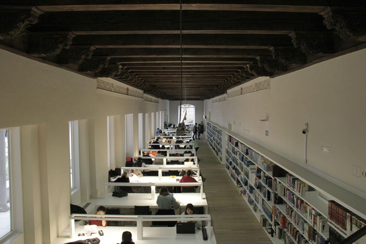 Victor Lopez Cotelo Escuela de Arquitectura de Granada 11 1200x800 c