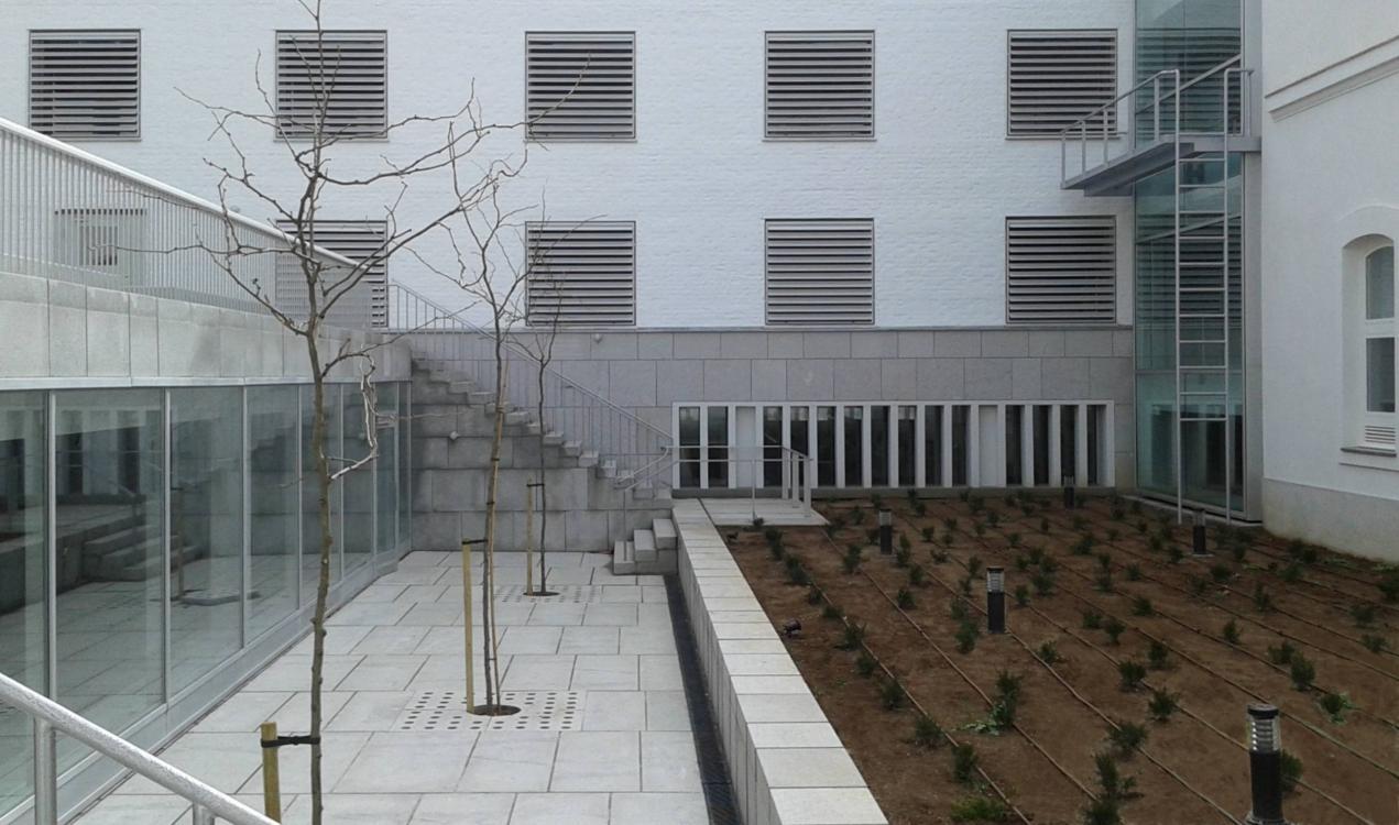 Victor Lopez Cotelo Escuela de Arquitectura de Granada 2 1271x750 c