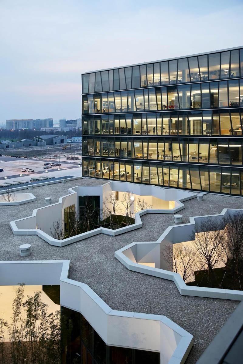 Zhang Ke shanghai novartis office 02 800x1200 c